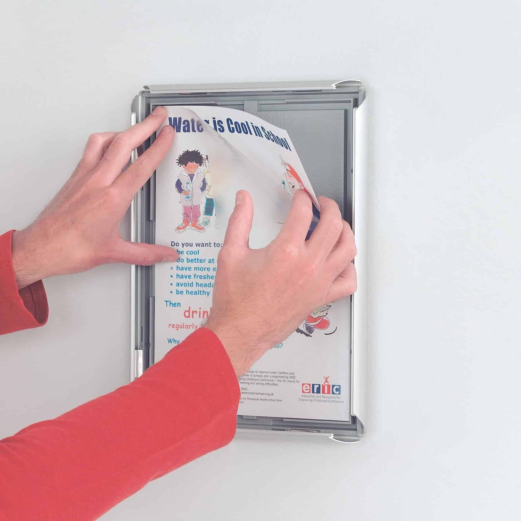 Busygrip Poster Frame